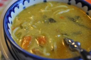 Kylling-karry suppe med nudler