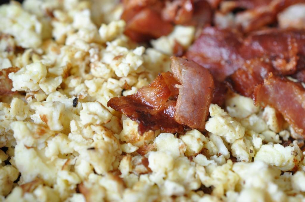 Røræg - opskrift på scrambled eggs med bacon
