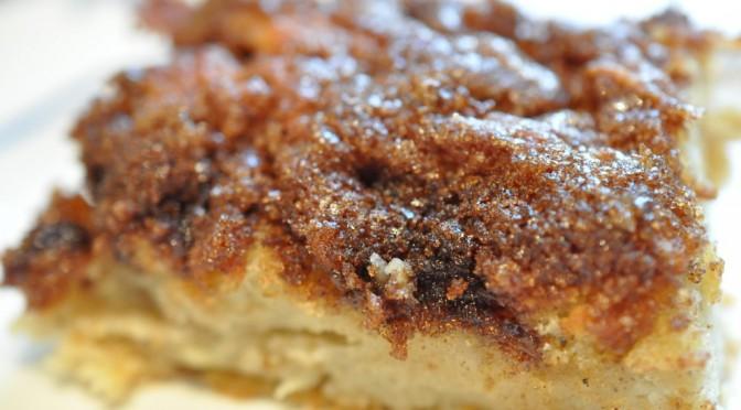 Svampet syrlig sød æblebrunsvigerkage