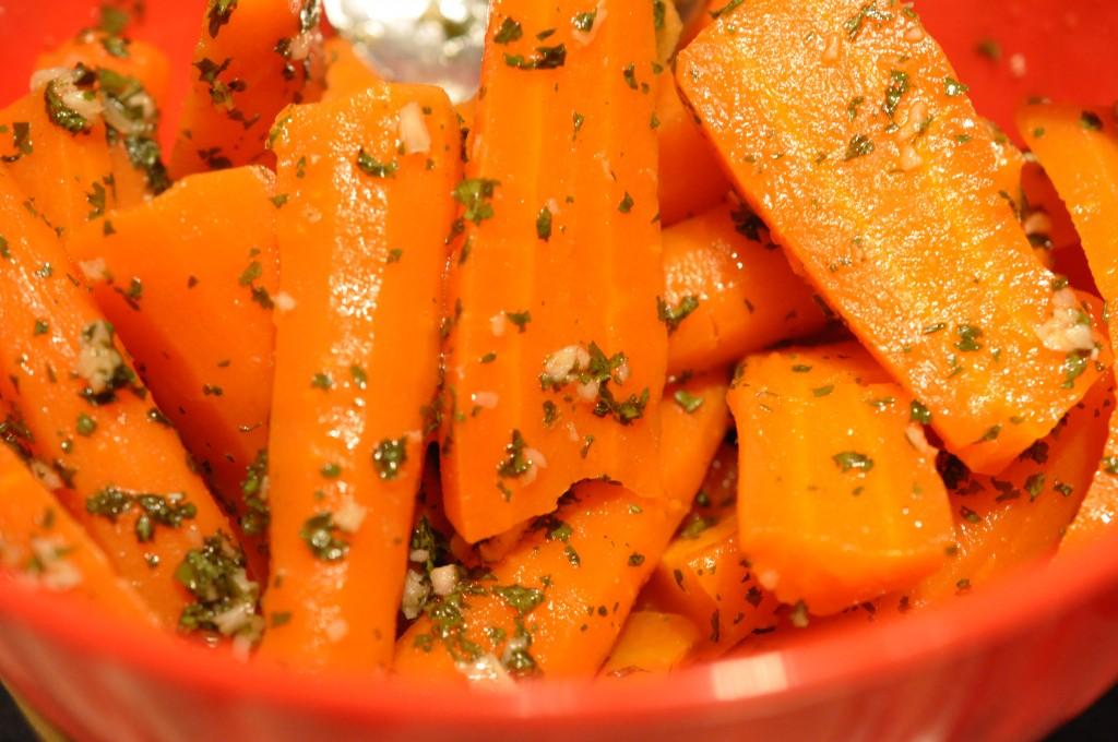 Intervalstegt oksesteg og marinerede gulerødder