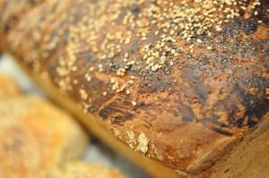 Grahamsboller og grahamsbrød - nem opskrift