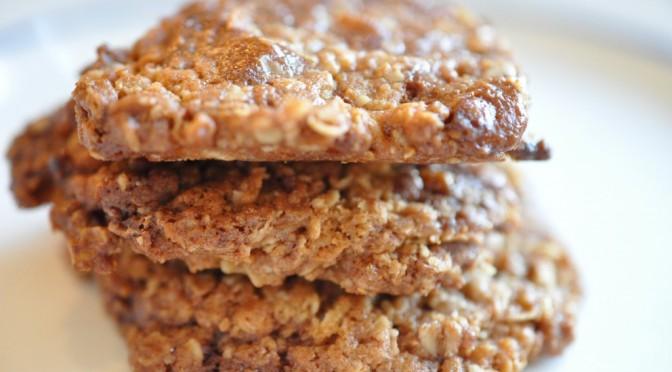 Lækkersulten? Havregrynscookies med guld-karamel-bar på ½ time.