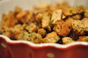 Croutoner med hvidløg og persille - stop madspild