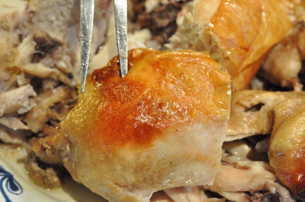 Mør og saftig kylling - langtidsstegt i øl i Römertopf | NOGET I OVNEN HOS BAGENØRDEN