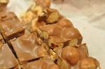 Nougatbrud - hasselnødder med blød nougat