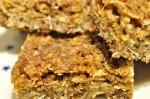 Müslibar med havregryn og müsli - opskrift