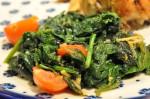 Spinat - sauteret stegt på panden med hvidløg