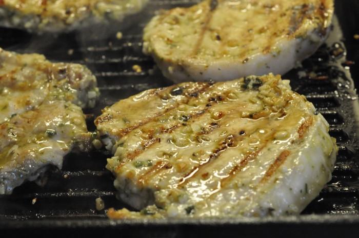 DSC_4706 grillede marinerede koteletter