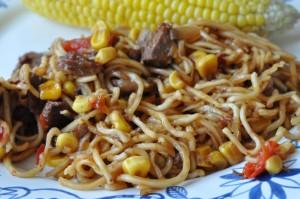 Stegte nudler i soya - chilisauce med oksekød Stop madspild
