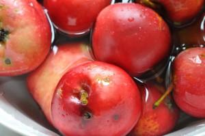 Æblemuffins og sprød æbletærte med marcipan og mandeldrys