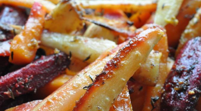Lækre bagte rodfrugter med sennep, timian og honning