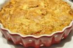 Safttig syrlig æblekage med marcipan og appelsin