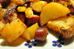 Bagenørdens pølsemix med løg, bacon og paprika