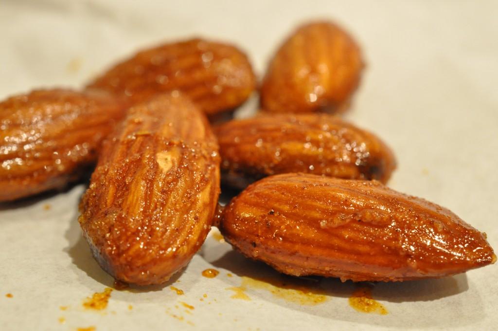 saltede mandler i mikroovn