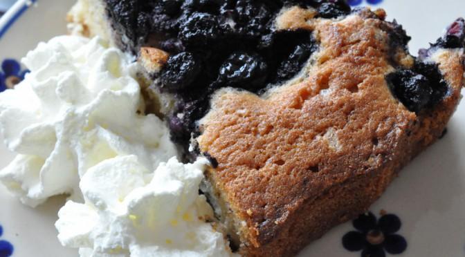 Lækker tærte med blåbær, marcipan og vaniljeprikker