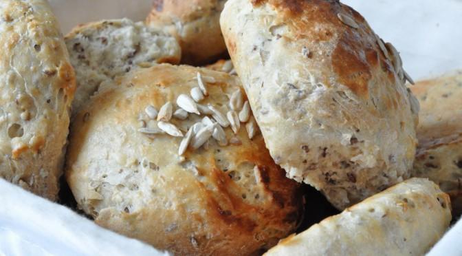 Nemme fuldkornsboller og franskbrød
