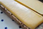 Hjemmelavet rugbrød med kærnemælk og kerner