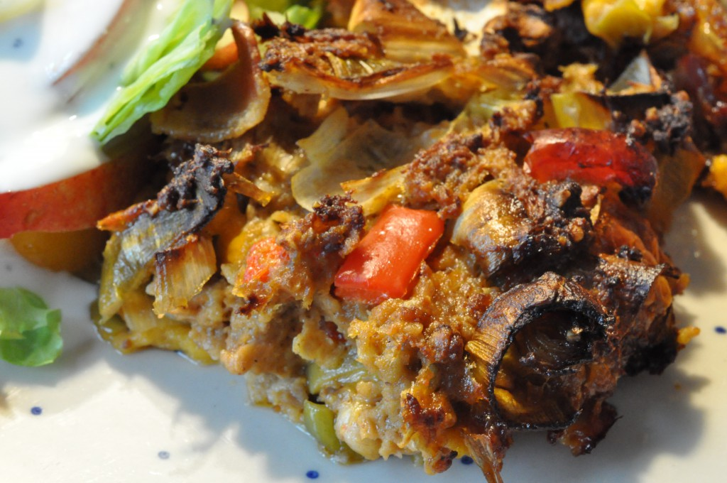 Krydret farsbrød med porrer, pesto, cheddar og bacon