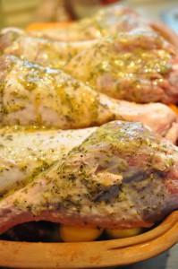 Kalkunlår med honning, timian og bacon i Römertopf