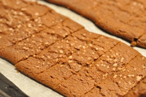 Lækre sprøde chokoladesnitter med perlesukker