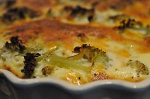Broccolitærte og tærte med løg/bacon af grov tærtedej