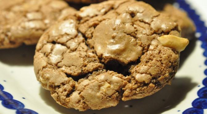 Lækre sprøde cookies med peanuts, nougat og Nesquick