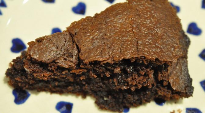 Nem og lækker chokoladekage uden æg