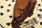 """(kagen må godt føles lidt """"svuppende"""" inde i midten. Den bliver bedre, når den er klæg og svampet indeni)"""