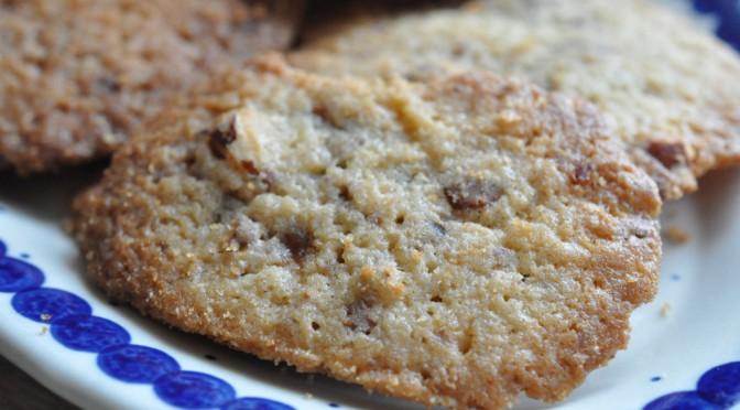 Sprøde Ben og Jerry cookies med Marabou Daim og mandler