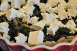 Spinattærte med feta og pinjekerner - opskrift