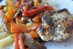 Koteletter og lynstegte grøntsager med honning og timian