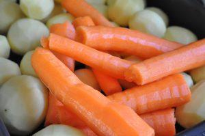 Koteletter og timiankartofler