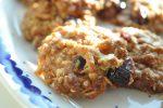 Cookies med havregryn og tranebær opskrift