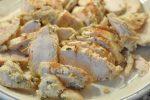 Kyllingeburgere af grovboller med havregryn og Manitobamel