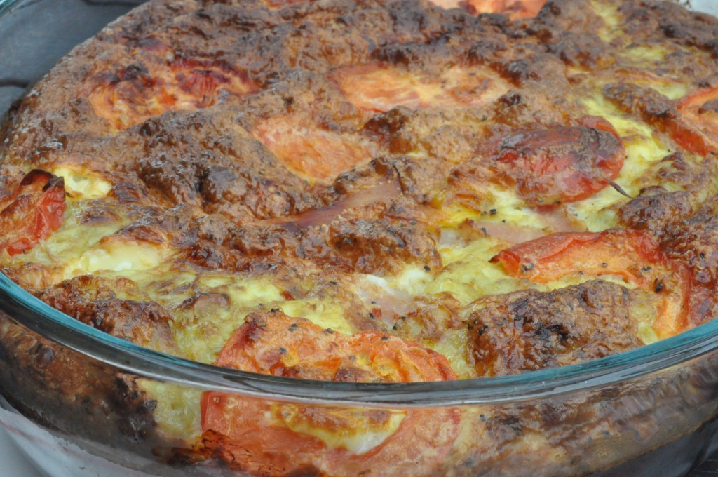 Æggekage - nem ovnbagt med feta, skinke og tomat