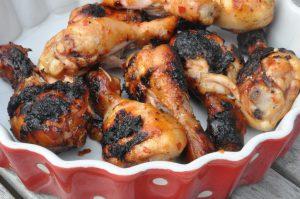 Grillede chilimarinerede kyllingelår