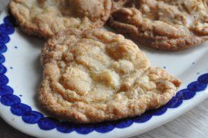 Nemme sprøde cookies med vanilje og hasselnødder