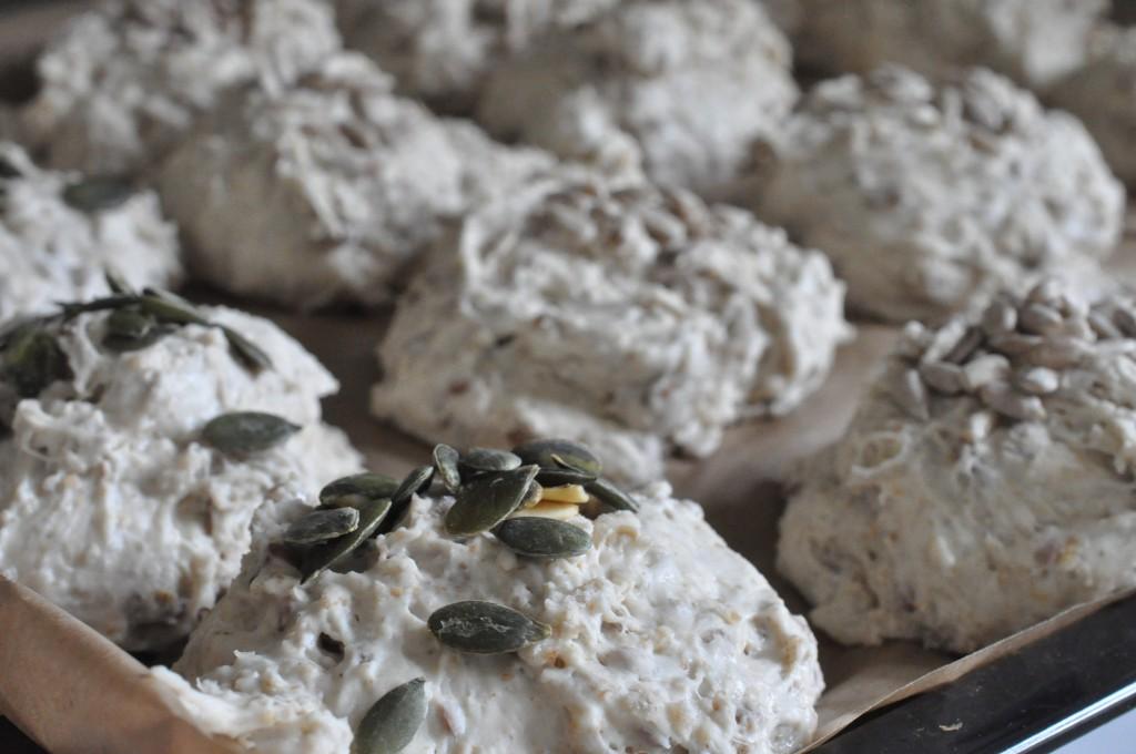 Grovboller uden æltning - nem hurtig opskrift