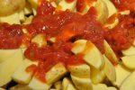Pommes frites med rasp & tacosauce - lækre