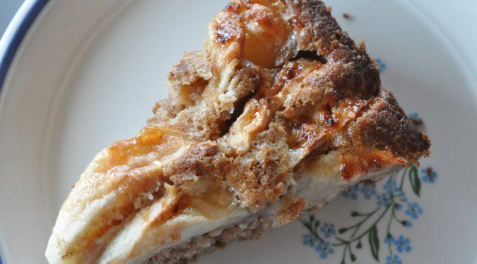 Æblekage med kanel og havregryn – nem og lækker