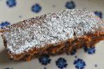 Krydderkage med æblemos og gulerødder - fedtfattig og lækker