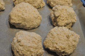 Grove scones med rugmel - nemme og lækre