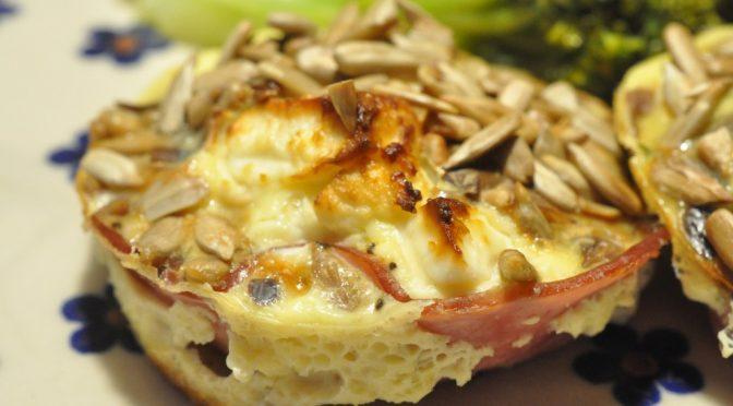 Muffins med æg, skinke, spinat og feta – sunde og lækre
