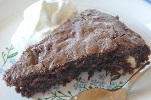 Verdens Bedste Brownie med mandler og chokolade