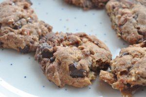 Cookies med marshmallows, chokolade og mandler