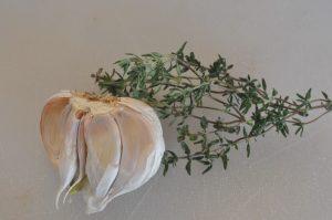Grillet kalkunbryst med marinade af citron, hvidløg og timian