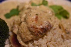 Kylling i sennepssauce med hvidvin og estragon