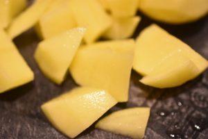 Flødekartofler, nemme, cremede og kogt i gryde