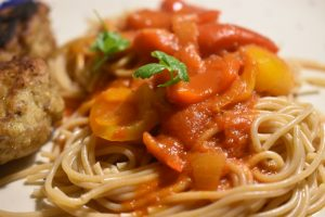 Peperonata - lækker peberfrugtsauce med chili