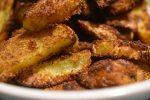 Pommes frites med rasp og krydderi – sprøde og SÅ lækre